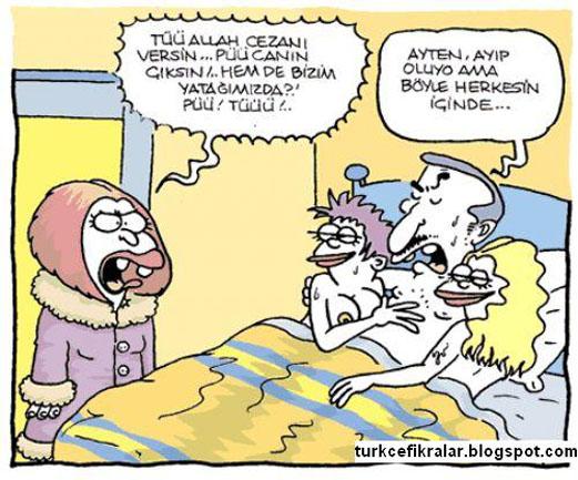 BEDAVA TÜRK PORNO ÇOCUK ÖNCE KIZI SONRA ANNESİNİ SİKİYOR