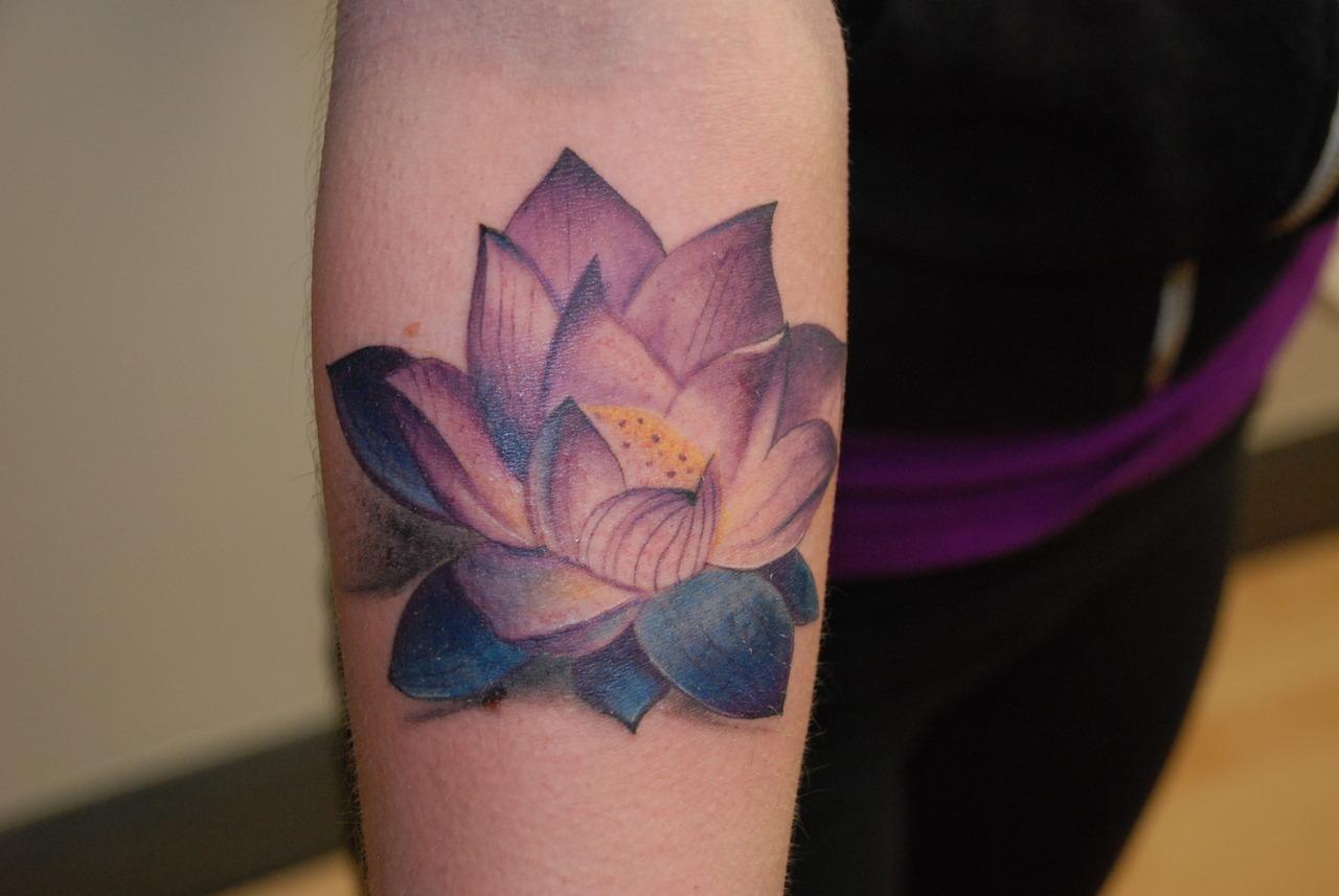 Цветок лотоса фото для тату