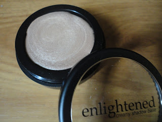 LA Splash Enlightened Creamy Shadow Base in Illuminated @ Beauty Bunker