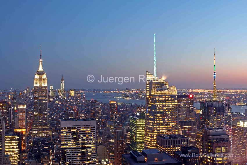 http://juergenroth.photoshelter.com/gallery-image/New-York-City/G0000WjgrhdYM2Kc/I0000j1MM8YQz.AE