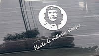 CHE GUEAVAR ON A CAR WINDOW