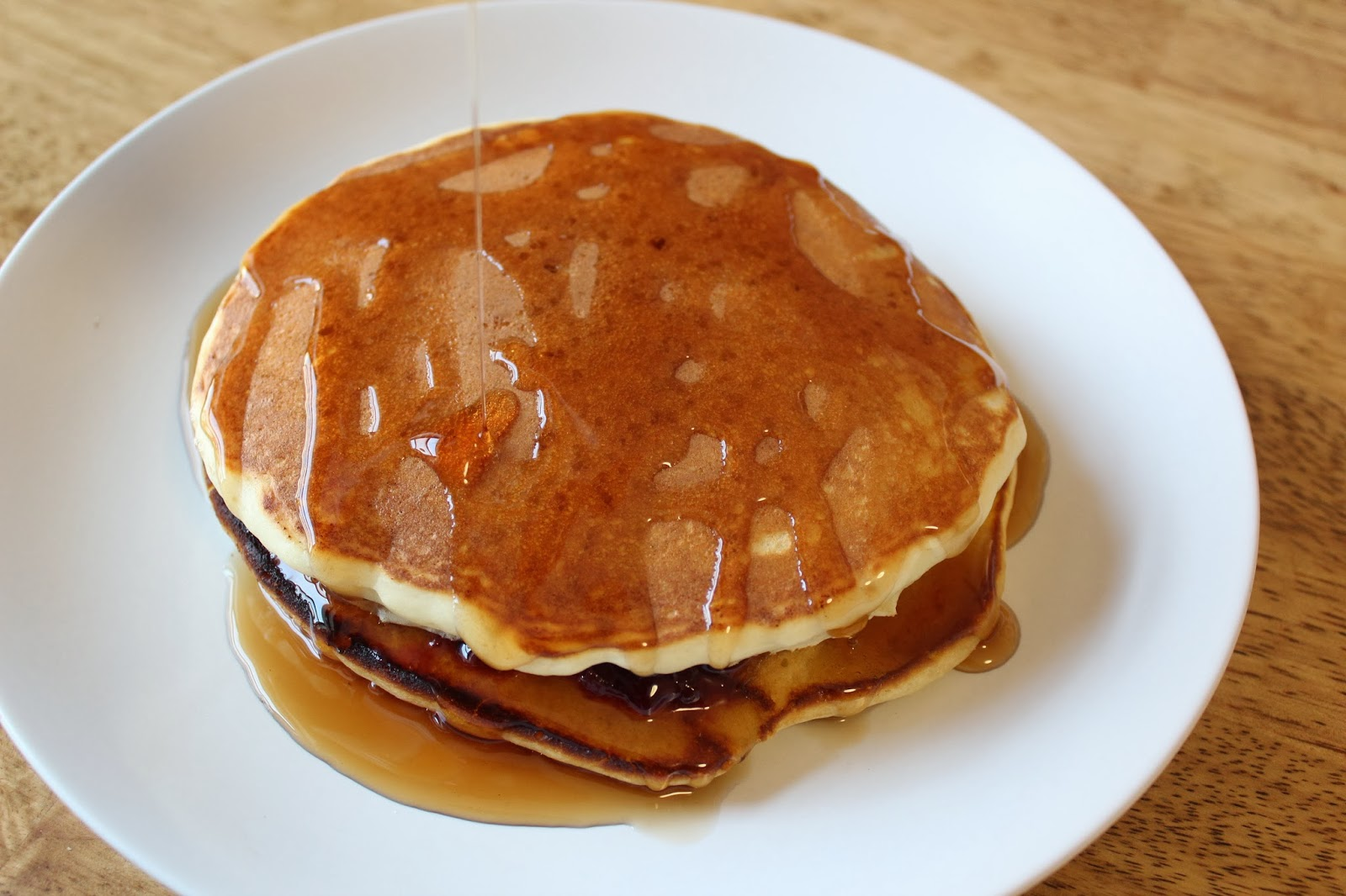 Master Fluffy Buttermilk Pancakes | Runaway Apricot