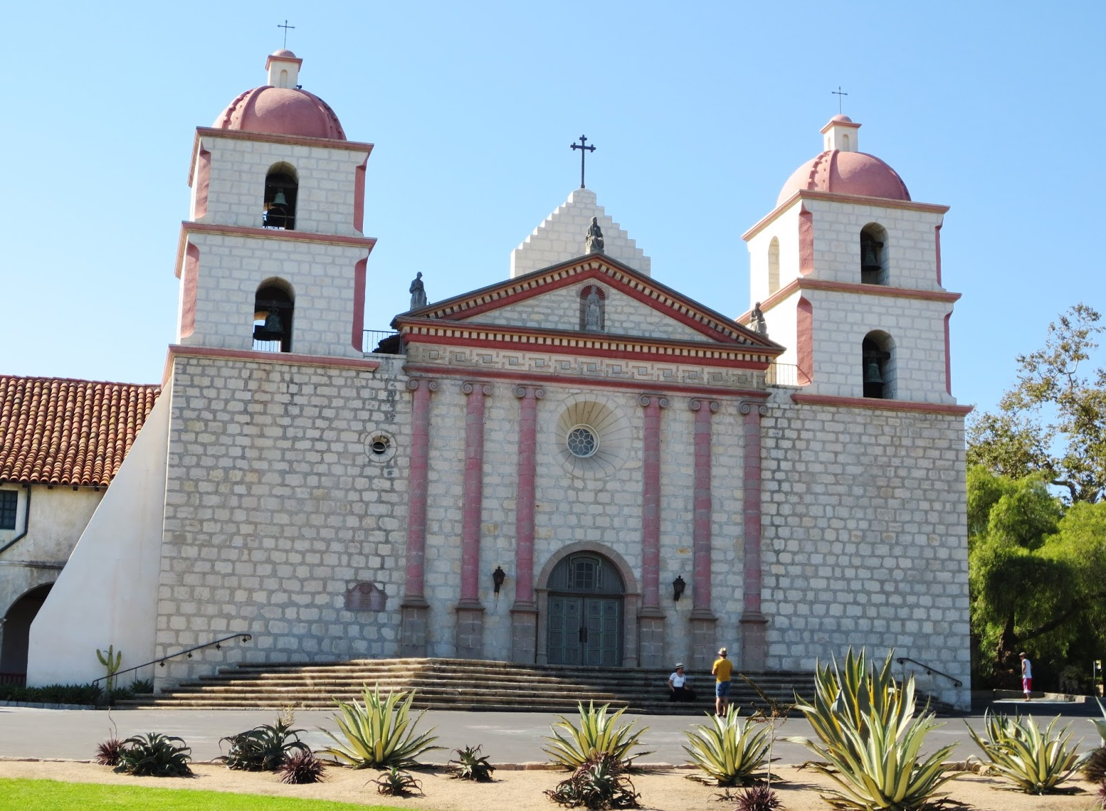 Decor Dreams Schemes How Can 227 Year Old Mission Santa