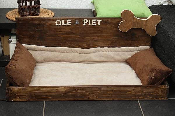 ole und piet entdecken die welt beagle genesungsbett. Black Bedroom Furniture Sets. Home Design Ideas