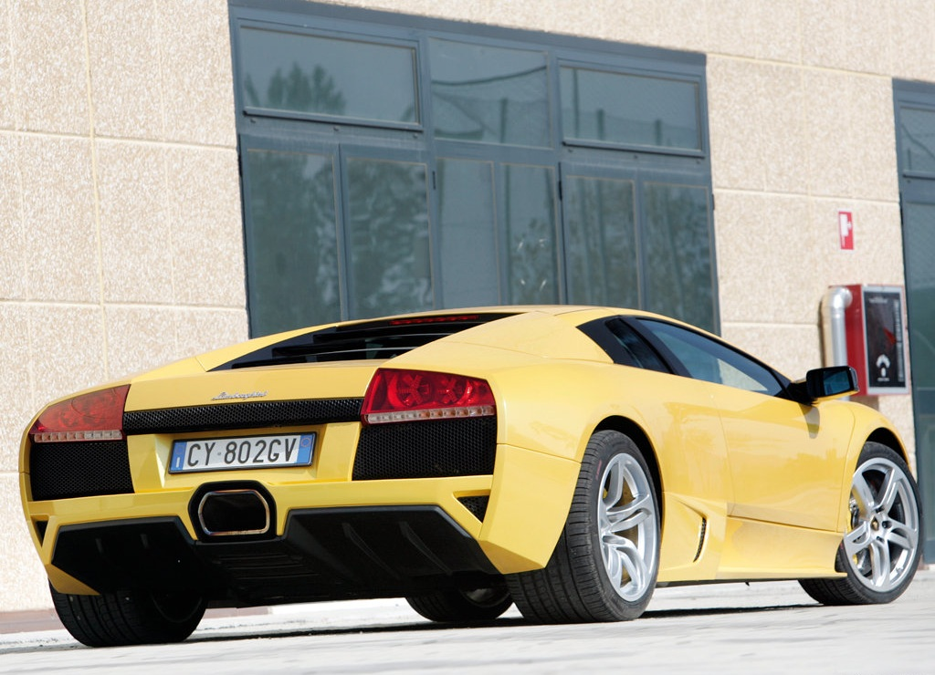 Price of the Lamborghini Murcielago LP640 2006 was £110.99