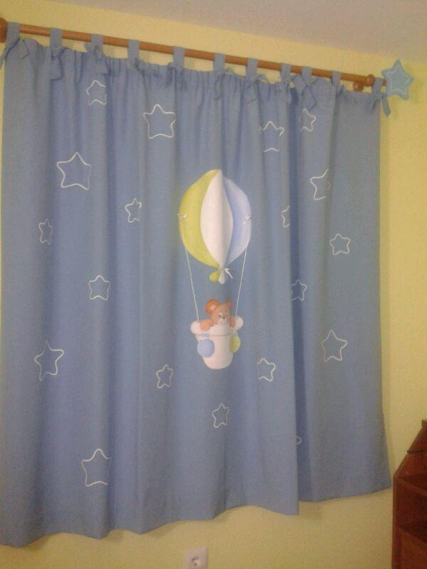 Decoraci n infantil pekerines cortina habitaci n beb for Cortinas habitacion bebe