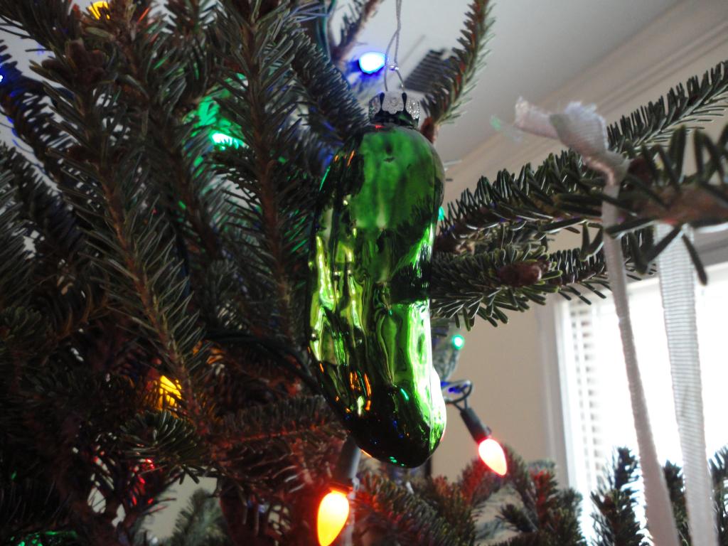milf-looking-at-christmas-trees-photos