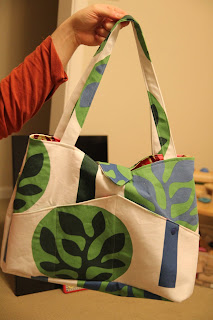 nicolle 39 s originals pattern review the detour diaper bag. Black Bedroom Furniture Sets. Home Design Ideas