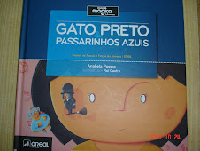 Gato Preto Passarinhos Azuis