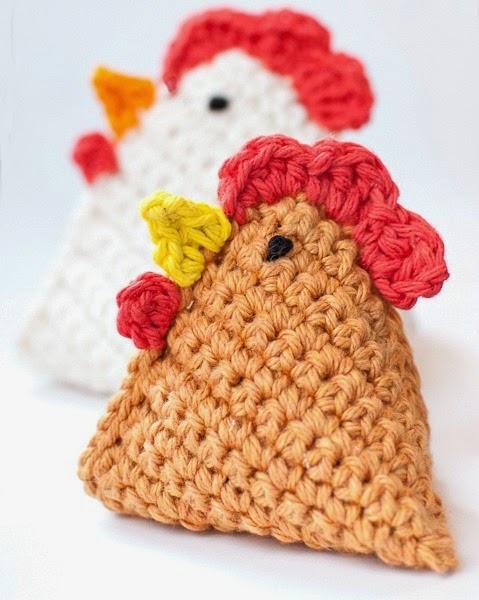 http://www.petalstopicots.com/2014/03/crochet-chicken-pattern-little-chick-bean-bag-pattern/