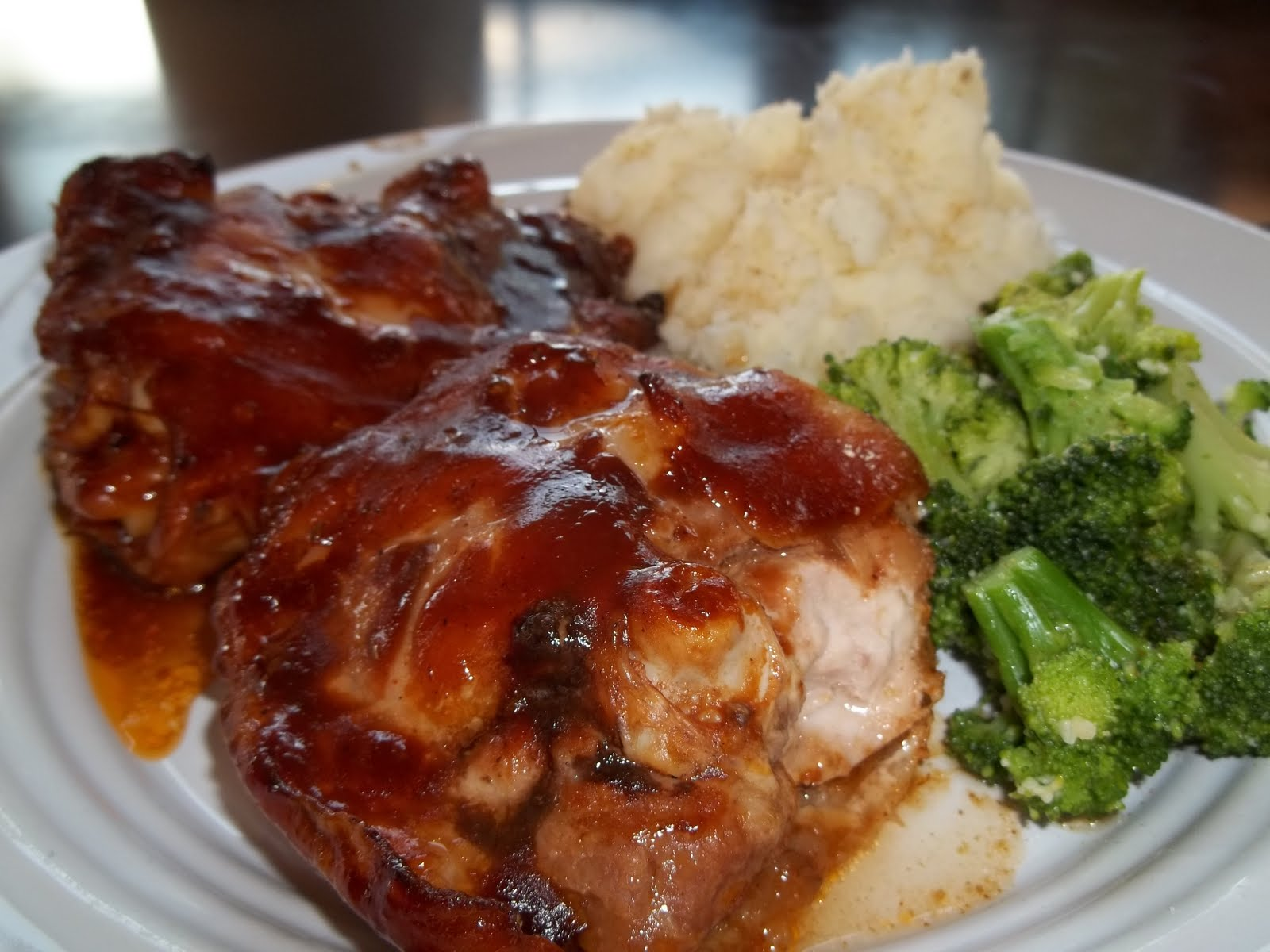 Kristi's Dishes: Oven Baked BBQ Chicken