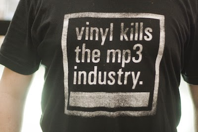 vinyl kills the MP3 image