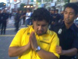 Gambar Insiden Paling Memalukan Bagi Pemuda PKR #bersih