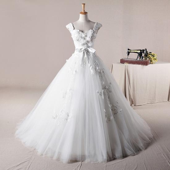 Straps ball Gown net charming wedding dress