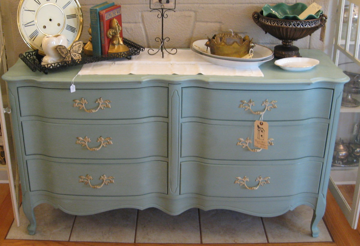 Annie Sloan Chalk Paint The Pros Amp Cons Lilacs And