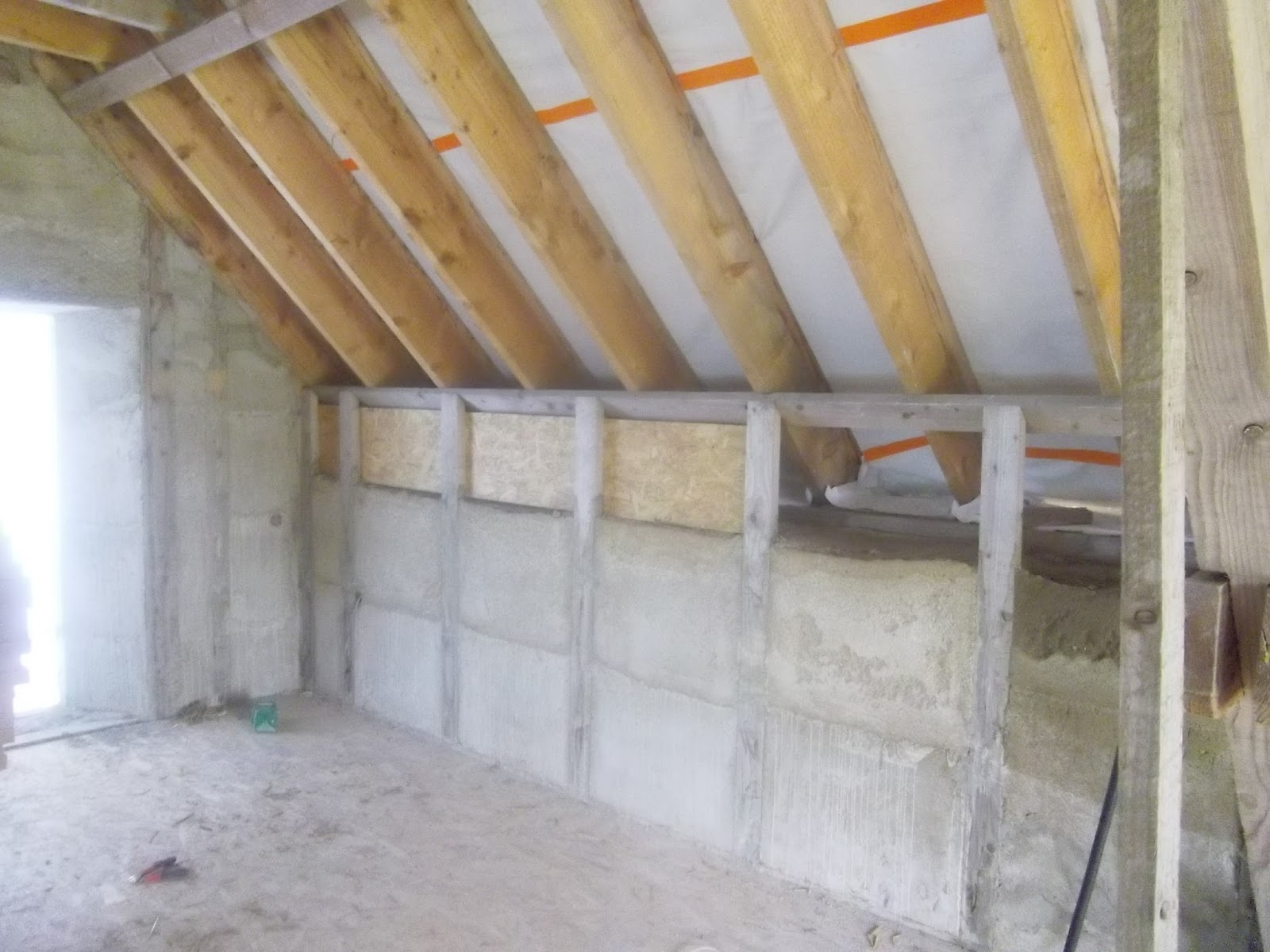 construction de notre maison en bois et paille encore et toujours. Black Bedroom Furniture Sets. Home Design Ideas