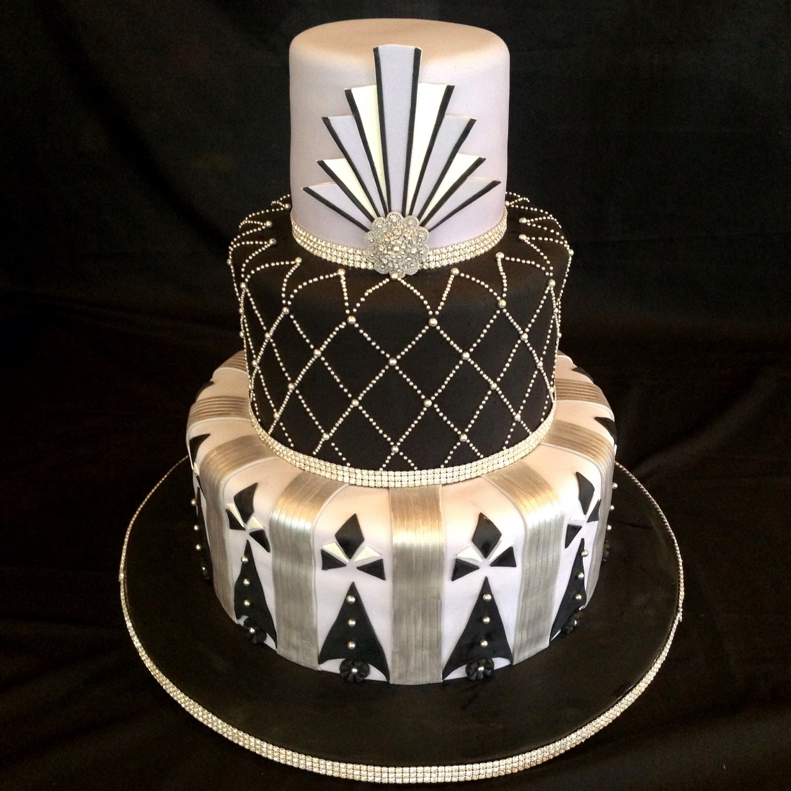 Art Deco Birthday Cake :