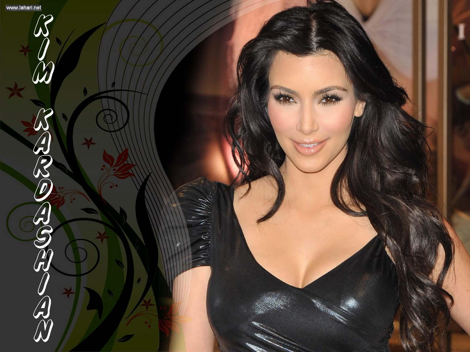 HD WALLPAPERS: Kim Kardashian Hot HD Wallpapers