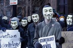 anonymous manifestation physique