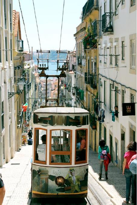 barrio de Chiado Lisboa