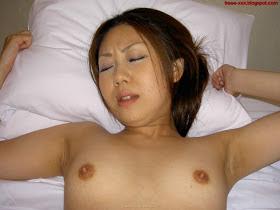 Hairy+Asian+Fucked+by+www.scandal base.blogspot+%2818%29 Foto Bugil Tante Lagi Ngento Pamer Memek