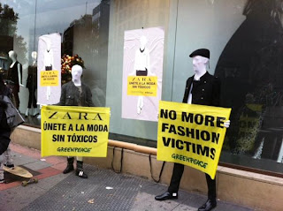 photos of a protest by Greenpeace, Zara in  Madrid