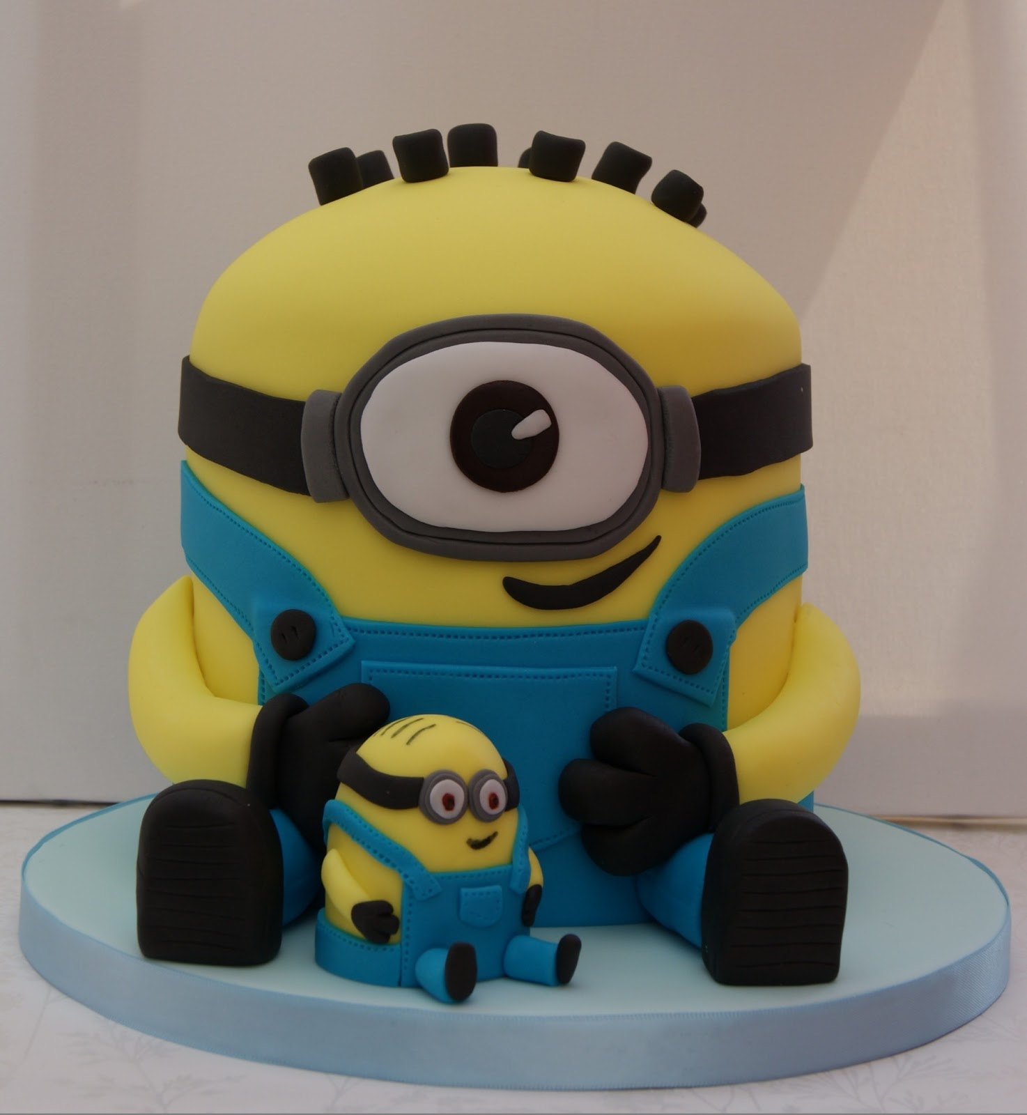 Cake Images Of Minions : Crazy Foods: Minions Cakes and Cupcakes Ideas