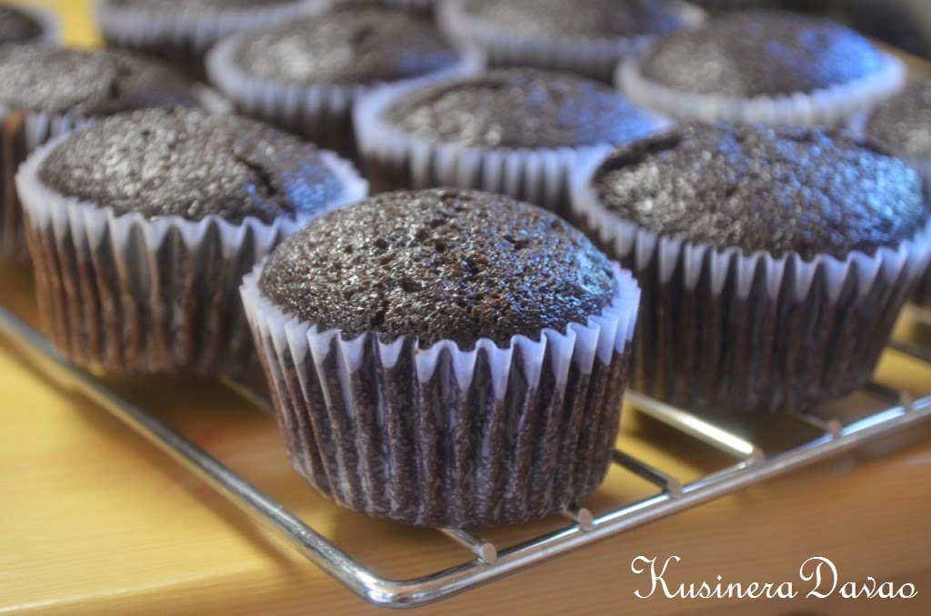 how to make 6 chocolate cupcakes