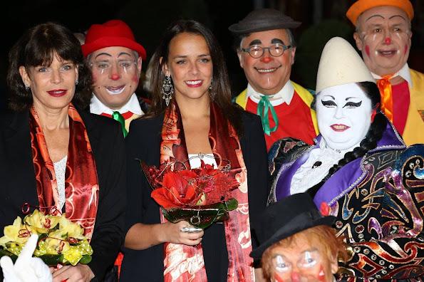 http://2.bp.blogspot.com/-GUBCq_BjiQY/Vpk3CvKhKVI/AAAAAAAA680/XPzkg5OuXPs/s595/40th-International-Circus%252BFestival-5.jpg