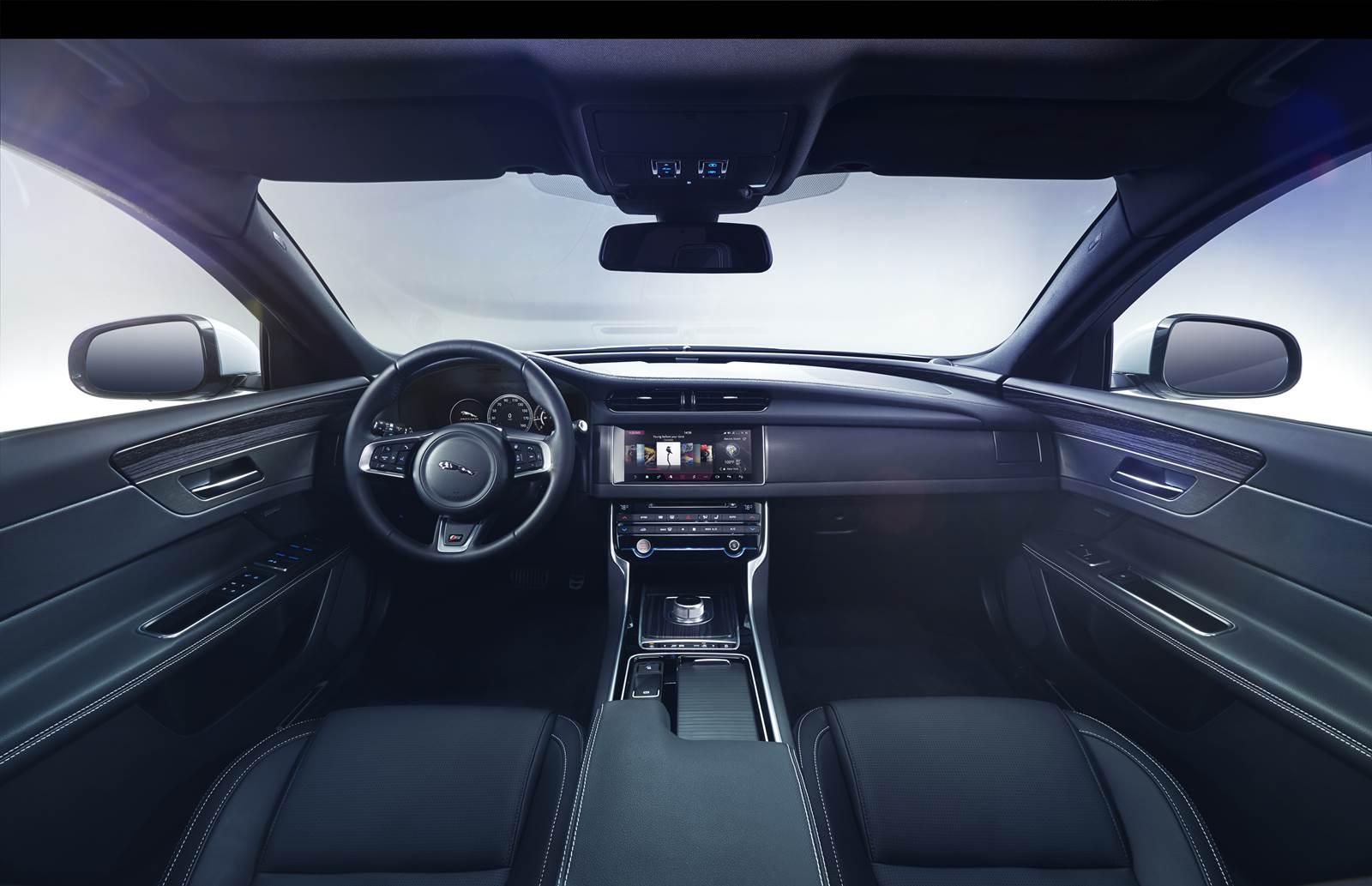 Novo Jaguar XF 2016 - painel