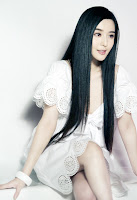 style long hair is graceful and charming 2012 Trend Potongan Rambut Cewek Korea 2013