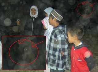 10 Penampakan Hantu Paling Terkenal di Dunia