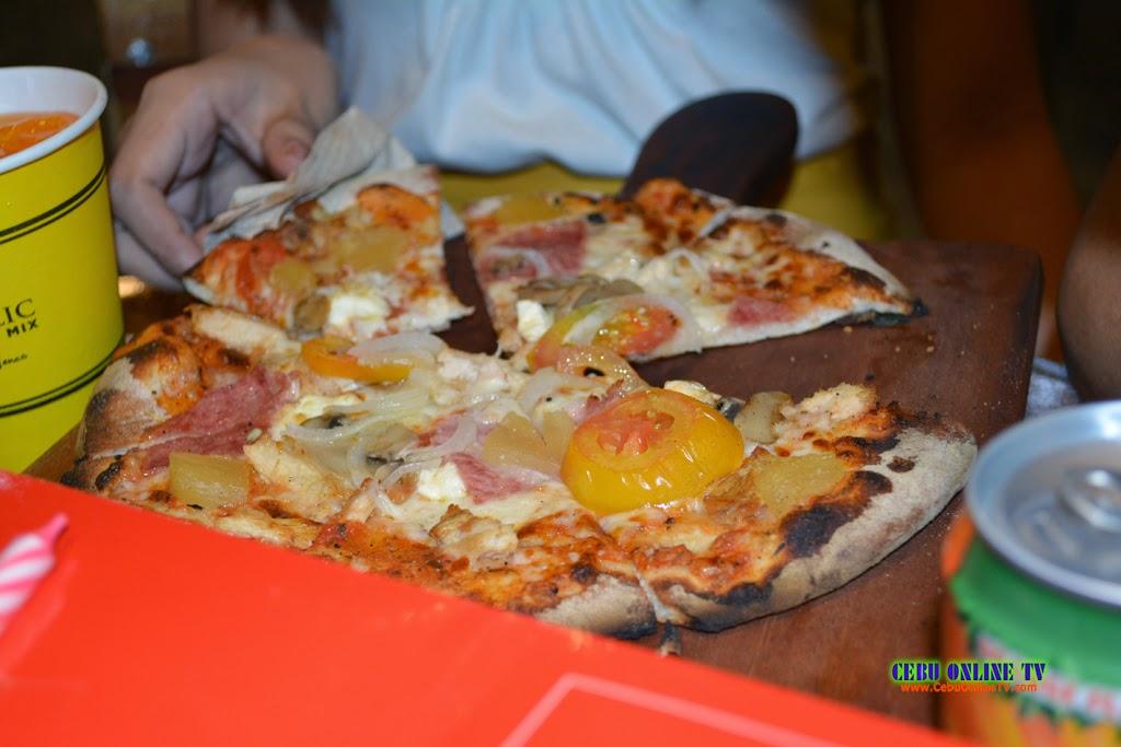 Pizza Republic Cebu 3