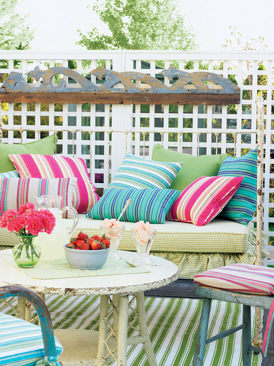 Colorful Outdoor Decorating For Summer 2013 | Furniture Design Ideas