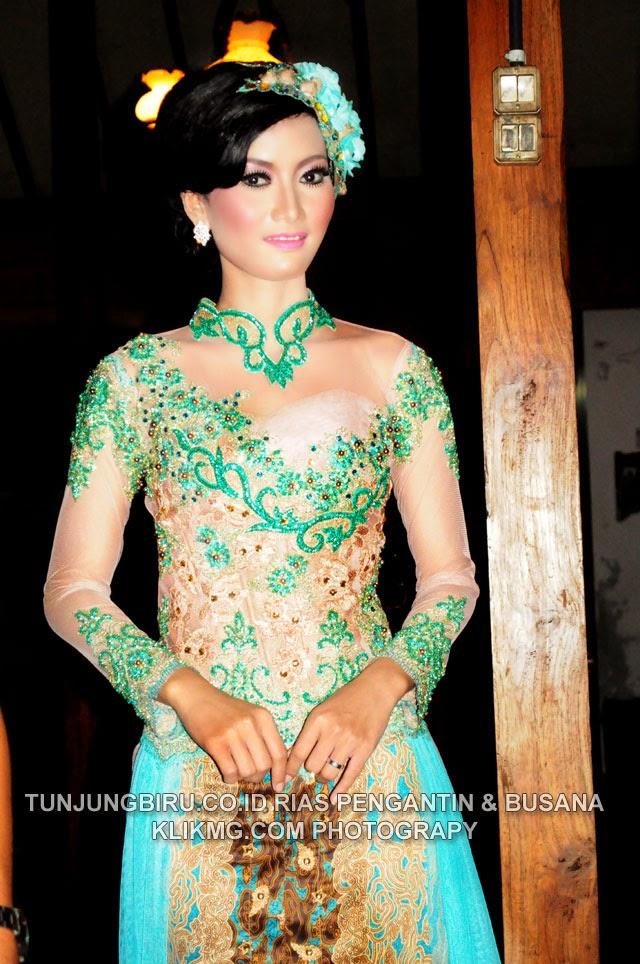 Rias pengantin Modern Berbalut Kebaya Hijau Toska Nan Menawan (2) Karya TUNJUNGBIRU.CO.ID Rias Pengantin Purwokerto | Foto oleh KLIKMG.COM [ KLIKMG2 ] Fotografi Purwokerto