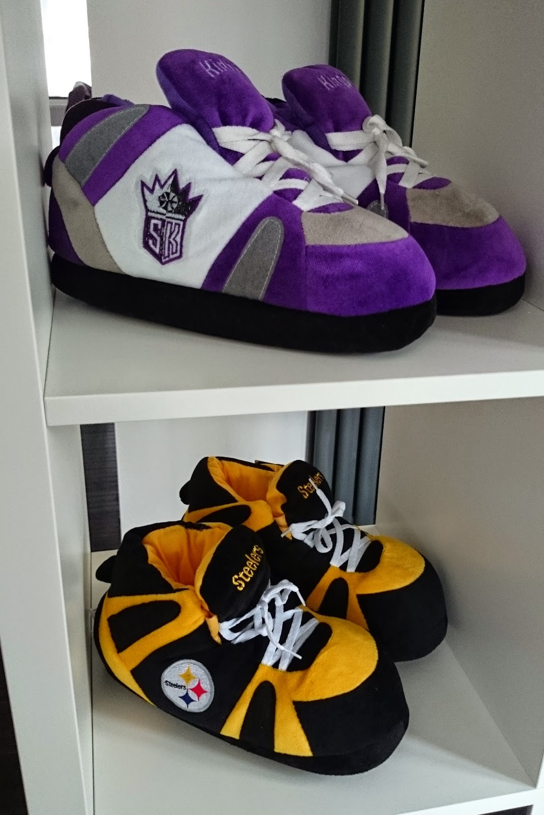 Sacramento Kings Pittsburgh Steelers american football NFL national football league giant big sneaker slippers