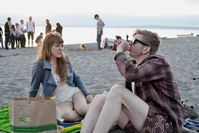 beach, sand, seattle, party, golden gardens, denim, plaid,