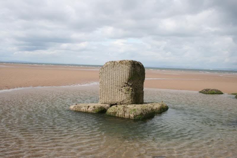 WW2 Tank Wrecks http://coastkid.blogspot.com/2012/01/ww2-xt-class-submarine-wrecks-aberlady.html