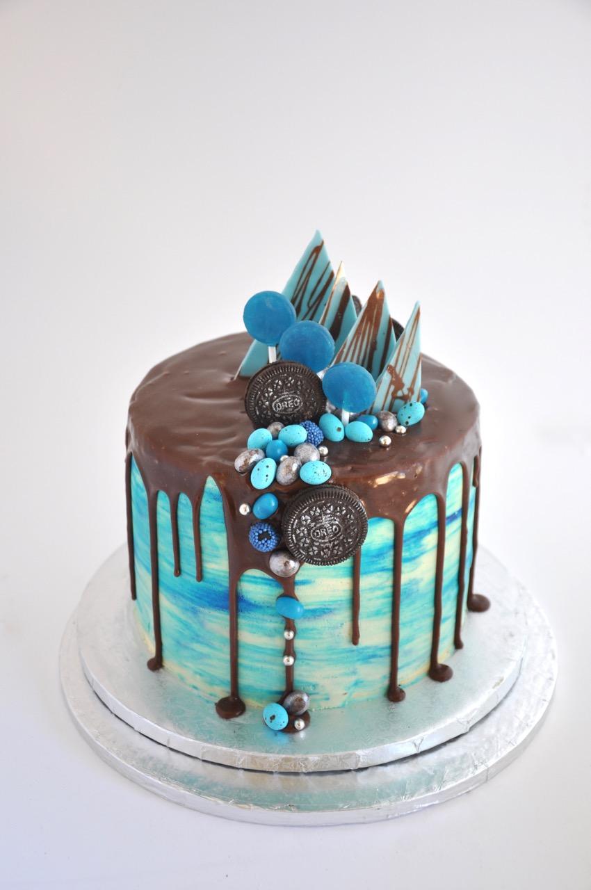 Rozanne S Cakes Blue Crazy Cake