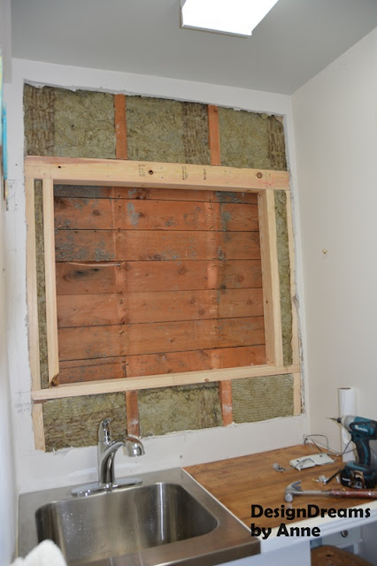 framing+for+the+window+and+insulation.jp
