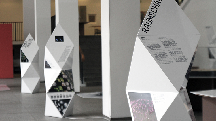 Exhibition Stand Information : Responsive design exhibition for