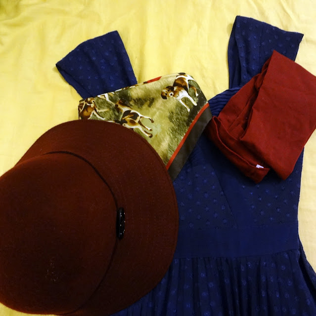 Reiss dress maroon hat wolford tights