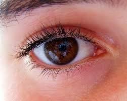 obat sakit mata merah