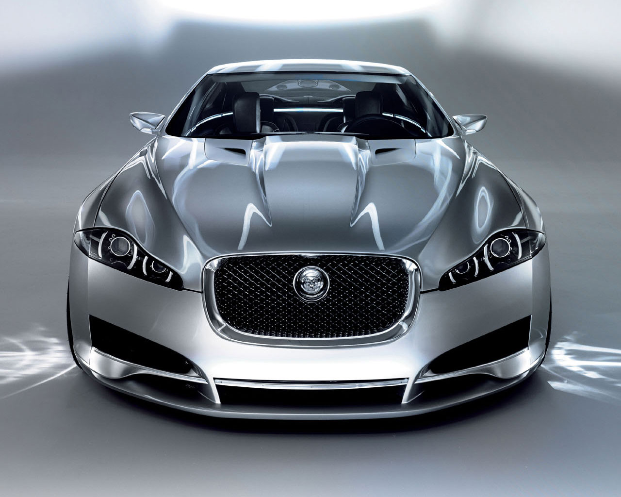 latest amazing carz jaguar cars wallpapers. Black Bedroom Furniture Sets. Home Design Ideas