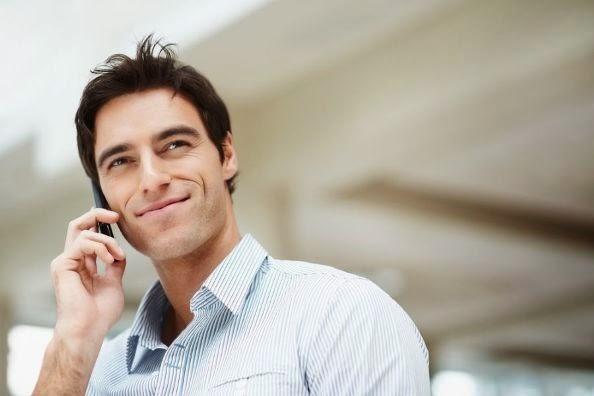conversar mulher telefone
