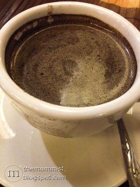 Rizal Tsokolate-e hot chocolate