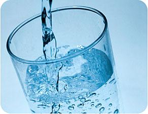 http://2.bp.blogspot.com/-GWD1yQmxaYs/T59CAeVtaWI/AAAAAAAAANU/gN211OQjidc/s1600/Drinking-Water.jpg