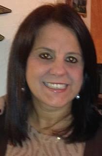 Profa. Carla Holz