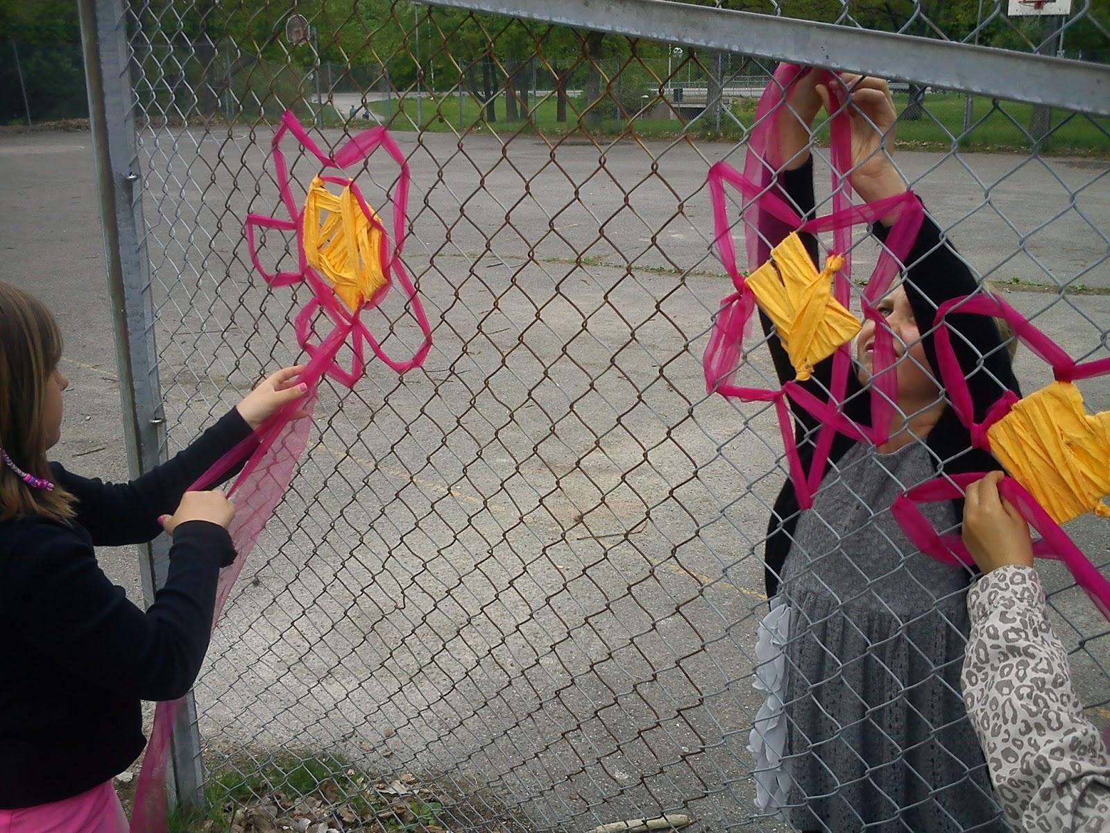 Bergfotens fritids: vävning på staket