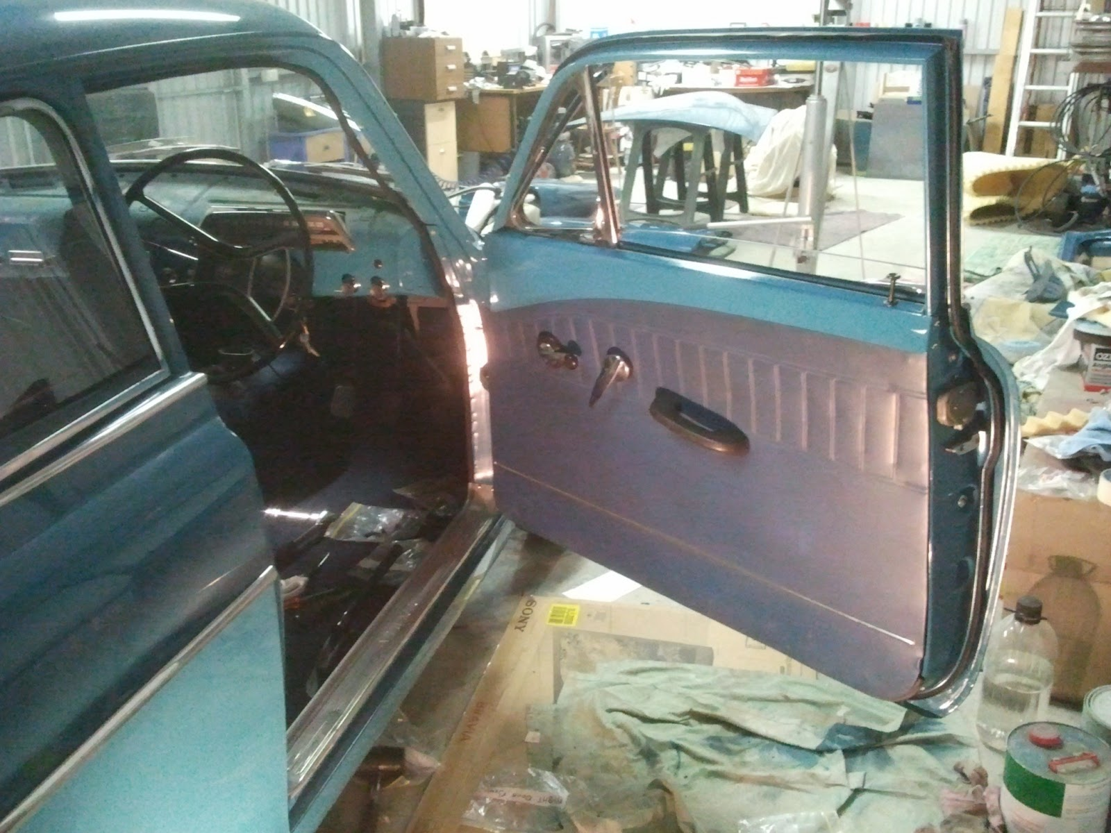Door inside Volvo Amazon & Restoration Volvo 122S 1969: Hanging the doors Pezcame.Com